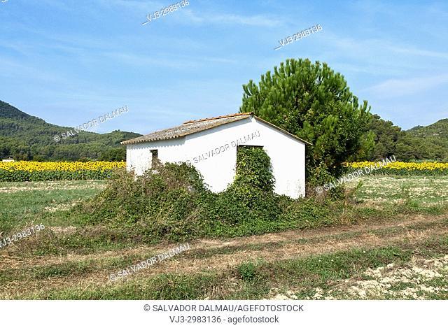 natural inclemencies, location porqueres, girona, catalonia