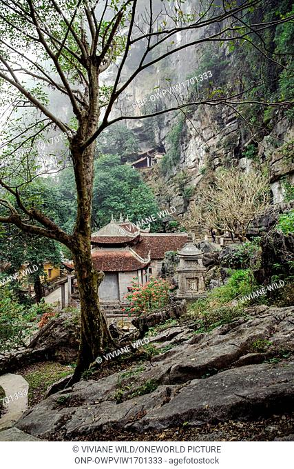 Vietnam, Ninh Bình, Hoa Lu, The Bich Dong Pagoda. The Bich Dong Pagoda is located 3 km from Tam Coc. The second most beautiful pagoda in Vietnam is in the...
