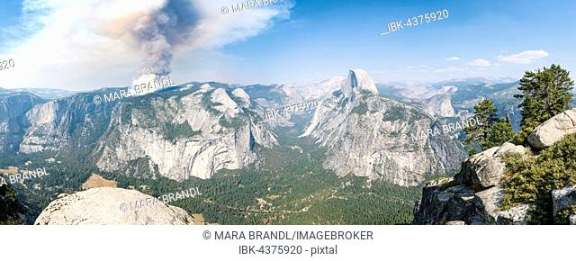 View from Glacier Point to Yosemite Valley with Half Dome, Forest fire with smoke, Yosemite National Park, California, USA