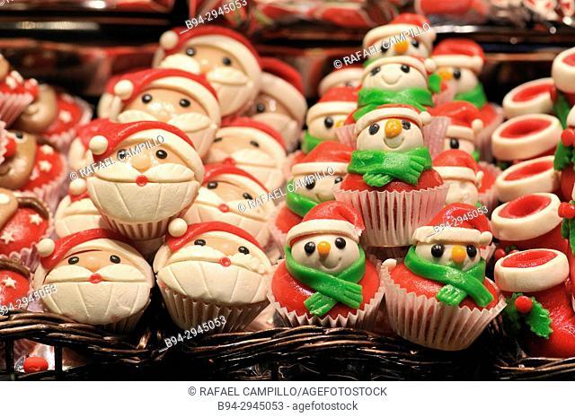 Christmas cupcakes for sale. Sant Josep aka La Boqueria market. Barcelona, Catalonia, Spain