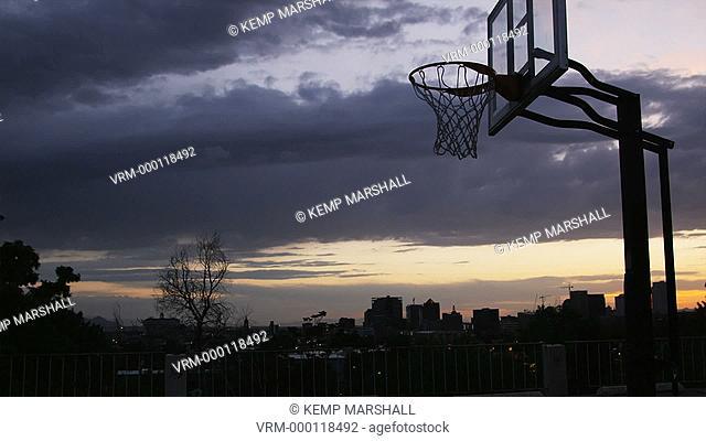 WS Man dunking a basketball / Salt Lake City, Utah, USA