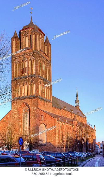 View of St. Jacob's Church which dates back until 1303, Hanseatic City of Stralsund, Germany