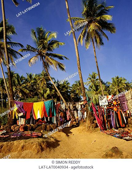 Anjuna became a popular tourist destination during the hippy era and has continued to draw tourists. There is a large flea market on the beach
