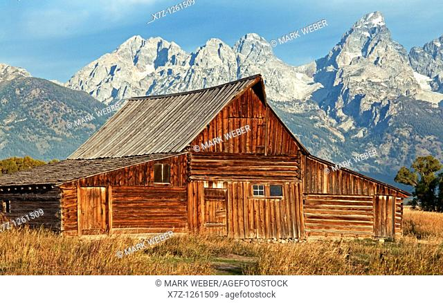 Tetons, old barn at Mormon Row in Grand Teton National Park in northern Wyoming