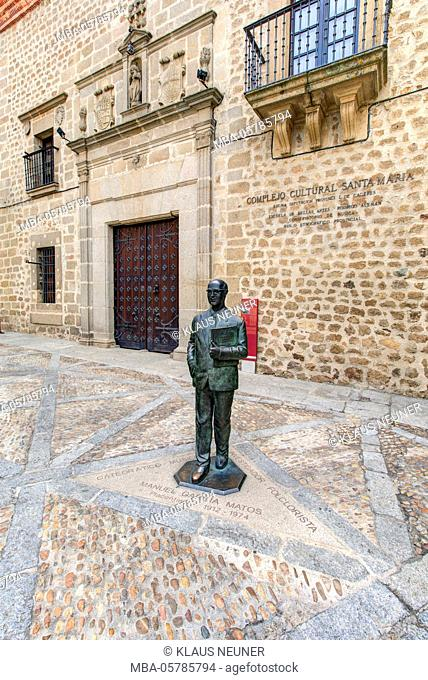 Monument Manuel Garcia Matos, folklorist, musician, cultural centre Santa Maria, Plasencia, Extremadura, Spain, Europe