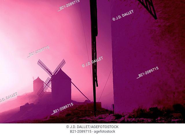 Windmills at Consuegra, Toledo province, Castilla-La Mancha, Spain