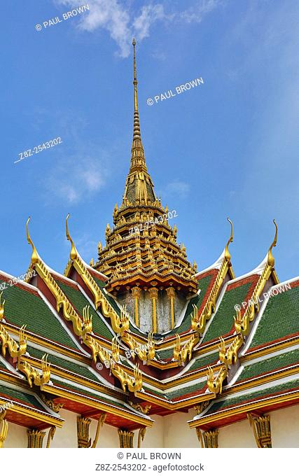 Phra Thinang Dusit Maha Prasat building and spire in the Grand Palace Complex, Wat Phra Kaew, Thailand