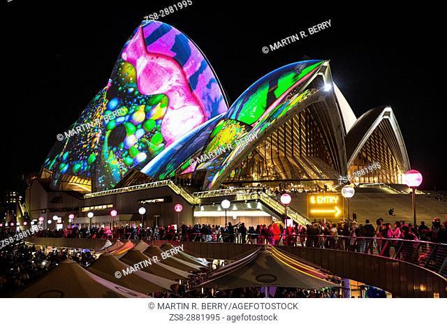Sydney,Australia,Thursday 1st June 2017. Vivid Sydney light show at Circular Quay