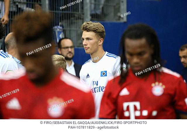 firo: Fuvuball, football, 15.08.2018 1st Bundesliga, 1st BL season 2018/2019 HSV Hamburg Hamburg Hamburg Hamburg Hamburg, Test match, Test, Friendly Match