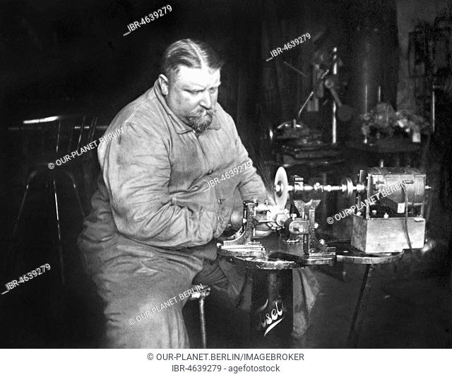 Handicraft, fat man working on a grinding machine, ca. 1930s, exact place unknown, Germany