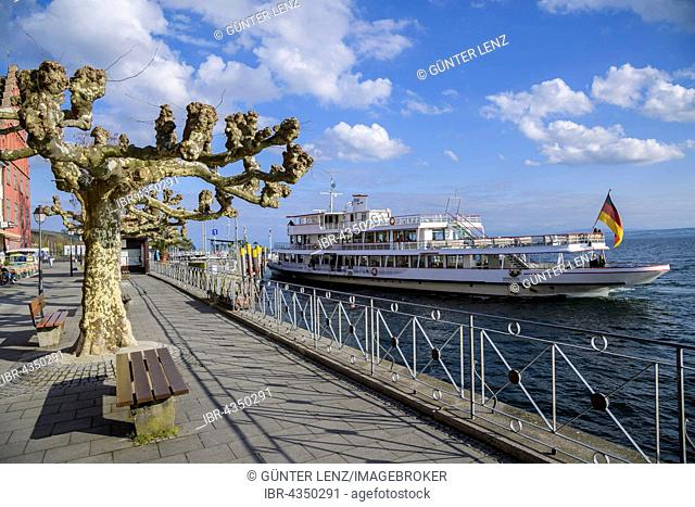 Lake Constance ship at investor, lakeside promenade, Meersburg, Baden-Wuerttemberg, Germany
