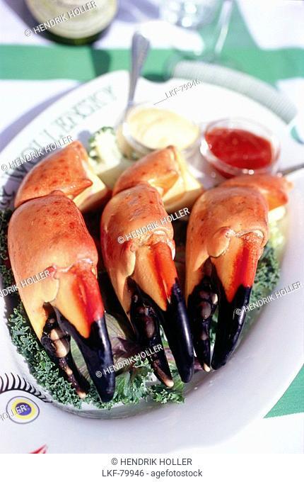 Plate of stone crabs jumbo size, Restaurant Smith & Wollensky, South Beach, Miami, Florida, USA