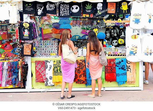 -Couple of young women looking fashion jewlery- Alicante (Spain)