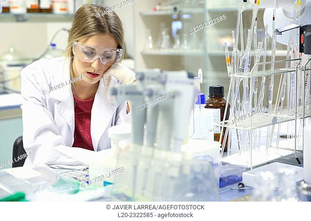 Researcher. Microbiology lab. Chemical Analysis Laboratory. Technological Services to Industry. Tecnalia Research & Innovation, Donostia, San Sebastian