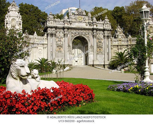 Dolmabahce Palace Main Gateway Istanbul Turkey