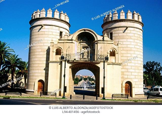 Puerta de Palmas. Reyes Catolicos Square. Badajoz. Spain