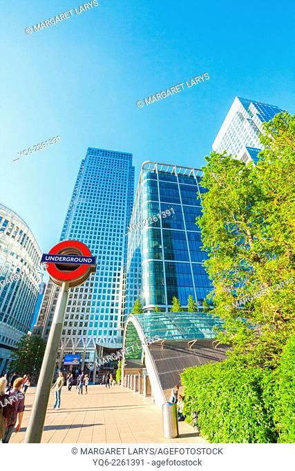 Modern architecture, Skyscrapers, Canary Warf, Docklands, London, England