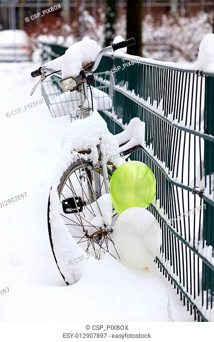 Winter Bike with Balloons