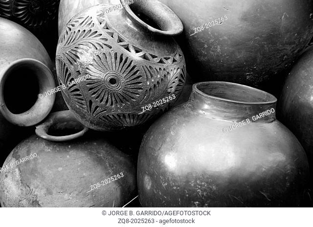 clay pottery ceramics Oaxaca Mexico, Black Mud