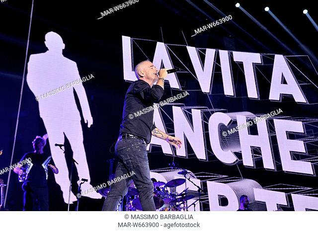 eros ramazzotti in concert, forum di assago, milan 20-12-2016