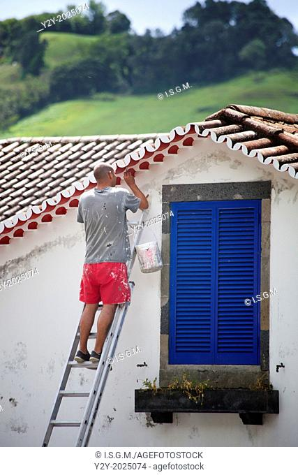 Man painting in Sao Miguel Island, Azores