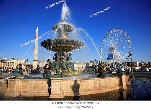 France, Paris, Place de la Concorde, fountain