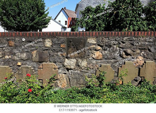 Germany, Bergisch Gladbach, Bergisches Land, North Rhine-Westphalia, Bergisch Gladbach-Paffrath, parish church Saint Clemens, catholic church, village church
