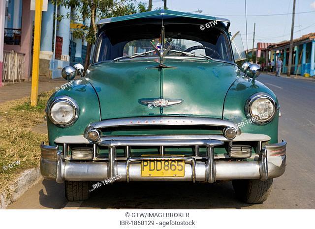Vintage car, Vinales, Pinar del Rio Province, Cuba, Central America