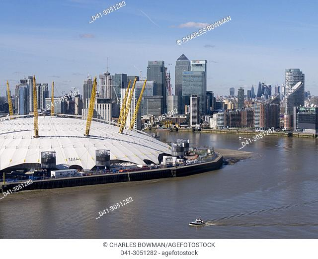 UK, England, London, O2 Arena Greenwich with Canary Wharf aerial