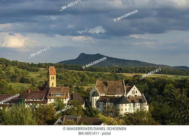 Blumenfeld Castle, behind the Hegau volcano Hohenstoffeln, Tengen, Constance County, Hegau, Baden-Württemberg, Germany, Europe