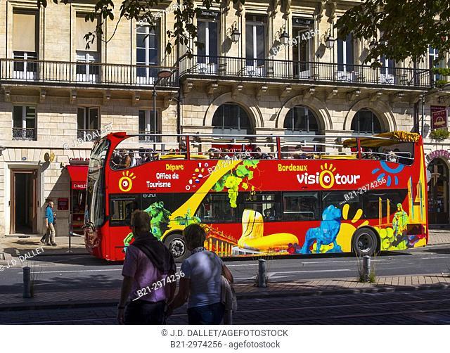 France, Nouvelle Aquitaine, Gironde, Bordeaux touristic visit on a double-decker bus