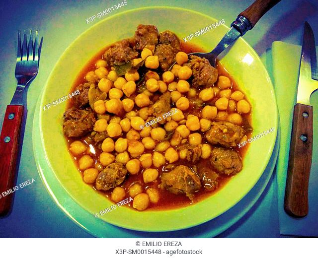 Chickpeas with pork meat