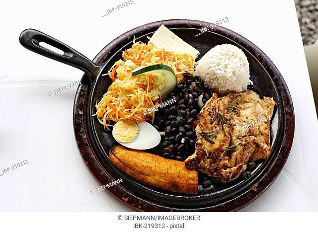 Casado, chicken with salad, rice, beans, egg, babana, Costa Rica
