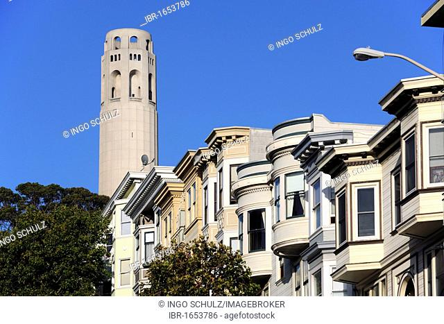 Victorian houses in front of Coit Tower, an observation tower, San Francisco, California, USA, North America