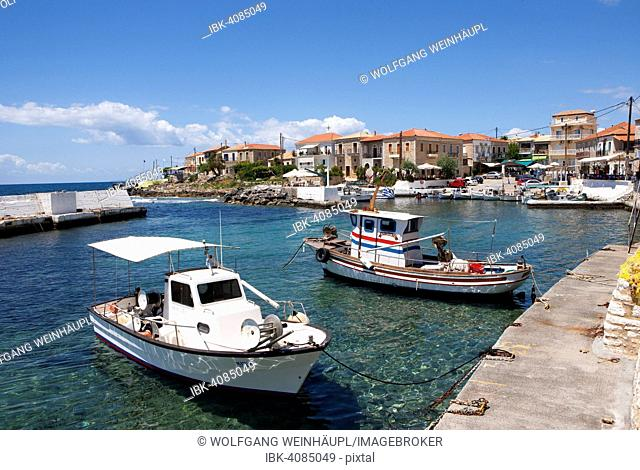 Fishing boats in the harbour, Agios Nikolaos, Mani Peninsula, Peloponnese, Greece