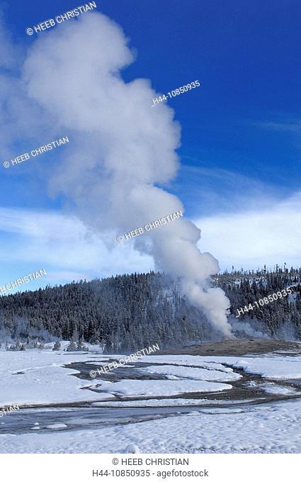 10850935, Usa, Wyoming, Old Faithful Geyser, Erupt