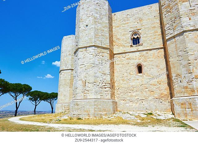 Castel Del Monte, Andria, Puglia, Italy, Europe. . The 13th century Castle of the Mountain was built in the 1240's by Frederik II and is a UNESCO world heritage...
