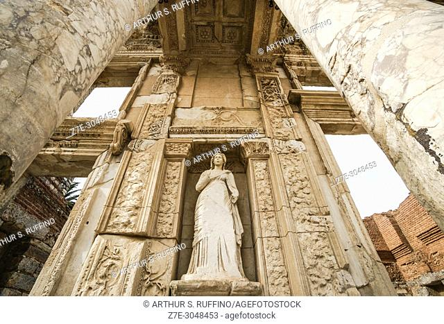 Library of Celsus. Low-angle view of façade. Ephesus, UNESCO World Heritage Site, Selçuk, Izmir Province, Ionia Region, Turkey, Eurasia