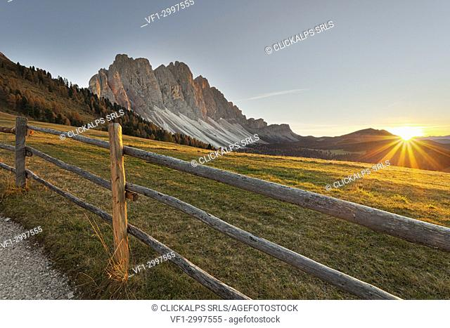 Sunset in Puez-Odle Natural Park, Dolomites, South Tyrol, Funes Valley/Villnoss, Bolzano, Italy