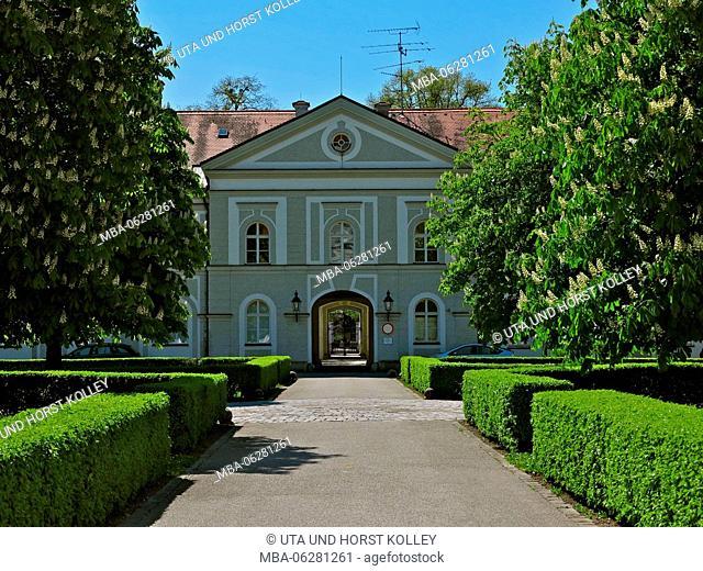 Nymphenburg Palace, Marstallhof, buildings, blooming chestnut trees, hedges, paths, Spring