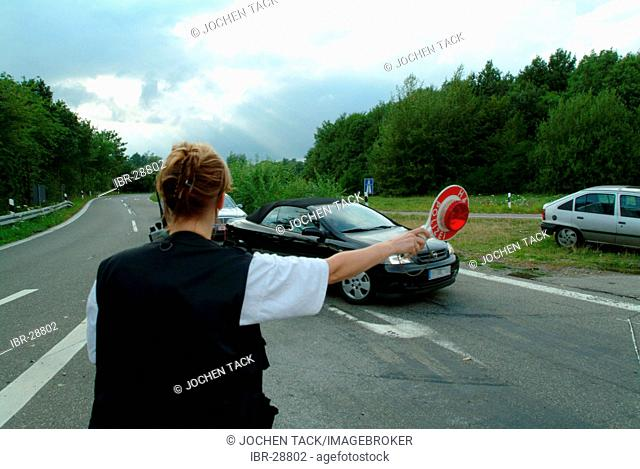 DEU, Germany, NRW: Civilian drug squad officers of the Highwaypolice, Highway patrol, controls cars in the german dutch border area
