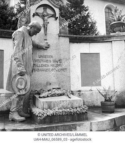 Ein Ausflug nach Bad Rippoldsau Schapbach, Deutsches Reich 1930er Jahre. A trip to Bad Rippoldsau Schapbach, Germany 1930s