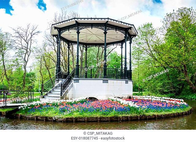 Muziekkapel in het park Vondelpark Amsterdam