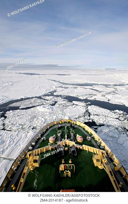 ANTARCTICA, WEDDELL SEA, ICEBREAKER KAPITAN KHLEBNIKOV GOING THROUGH PACK ICE, BOW