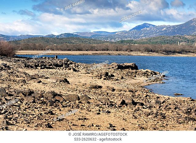 Santillana reservoir and Sierra de Guadarrama. Manzanares el Real. Madrid. Spain. Europe