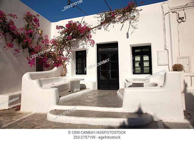 Whitewashed house in town center, Mykonos, Cyclades Islands, Greek Islands, Greece, Europe