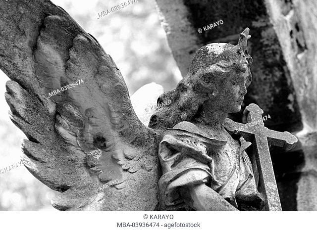 grave yard, grave, statue, angels, cross, sidewards, detail, s/w