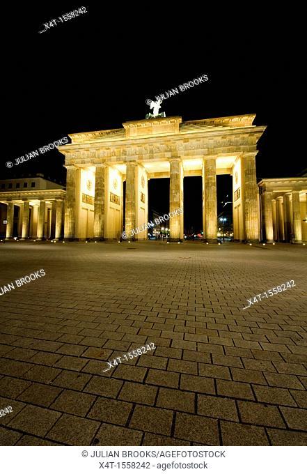 The Brandenburg gate, Berlin, at night