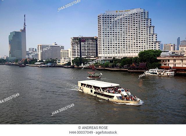 Skyline of Bangkok with the river Chao Praya, Bangkok, Thailand, Asia
