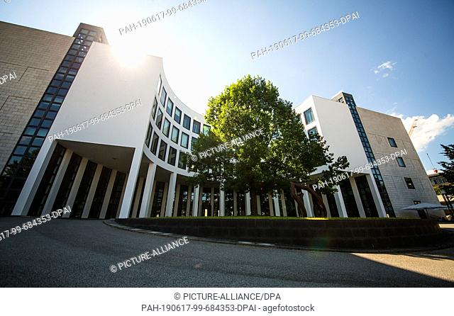 17 June 2019, Baden-Wuerttemberg, Karlsruhe: View of the building of the Office of the Attorney General of Switzerland. After indications of a right-wing...